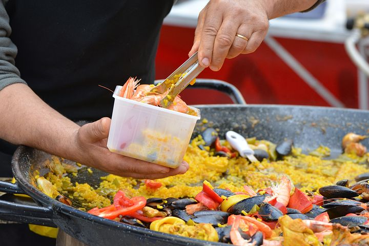 serving of paella