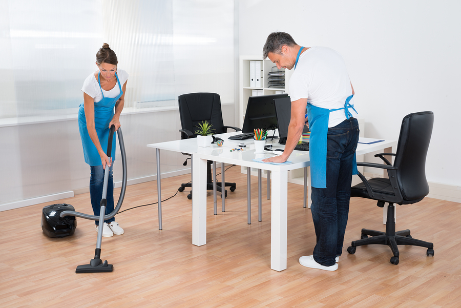 Commercial cleaning services Sydney experts while working